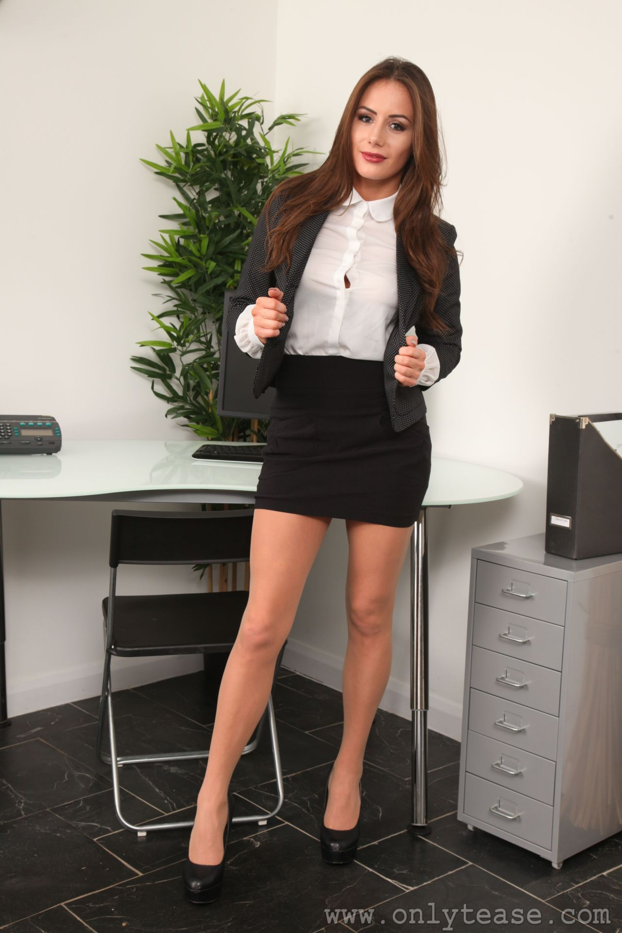 Smart brunette with smart pantyhose