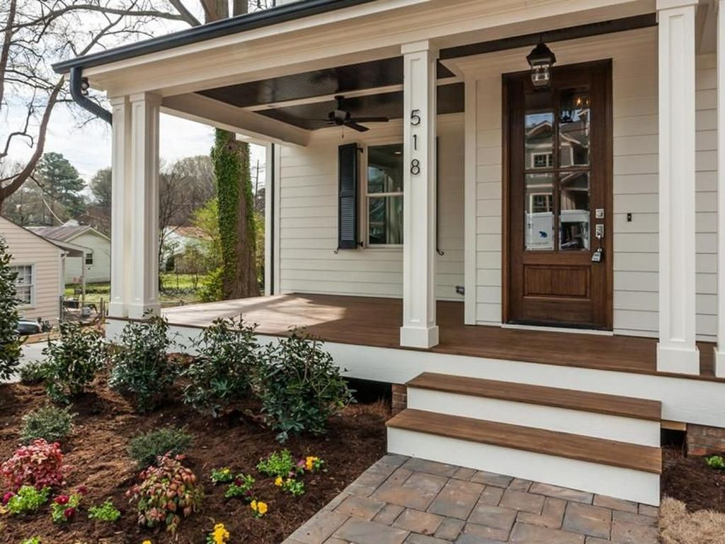 Pin By Fathinah On Curb Appeal Front Porch Design Porch Design Farmhouse Porch