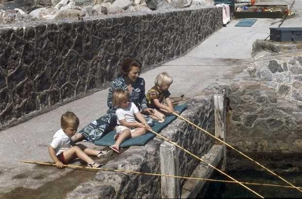 Claus Porto Nederland.Anp Historisch Archief Community Beatrix Claus Kinderen