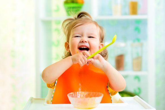 Orgulho! Veja 9 coisas que seu bebê aprende todo dia e você nem imagina