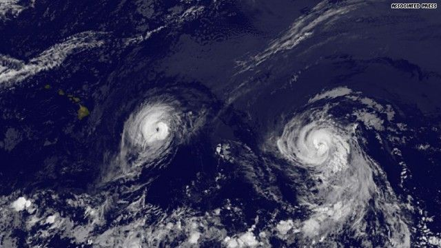 Speed feed: Thursday, August 7, 2014 Twin hurricanes headed for Hawaii http://www.hlntv.com/article/2014/08/07/morning-express-robin-meade-speed-feed-thursday-august-7-2014?sr=fb080714speedfd7alink