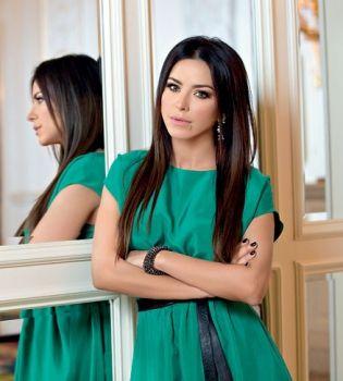 Ани Лорак   Celebrity style, Celebrities, Beauty