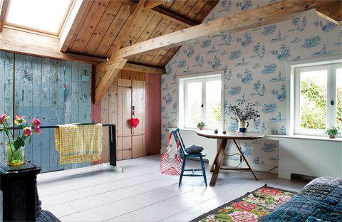 Dutch Barn Renovation through Color - Busyboo
