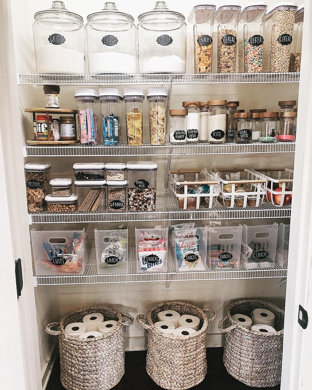 Happy Thursday evening friends😍! I have been so excited about this reveal and to finally share with you our entire organized pantry! Let's…