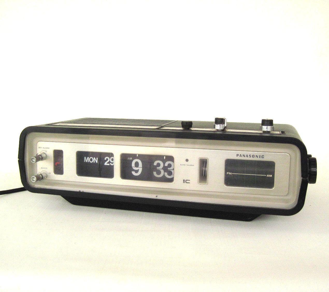 Panasonic Alarm Clock Radio Flip Number RC6551 (as is, see