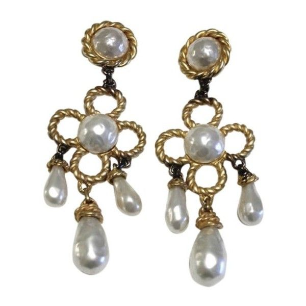 Pre Owned Chanel Gold Tone Pearl Large Chandelier Dangle Drop Clip On