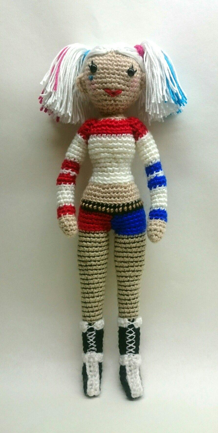 Veros Superheros & Villains Crochet Dolls - Happy Crocheting | 1766x893