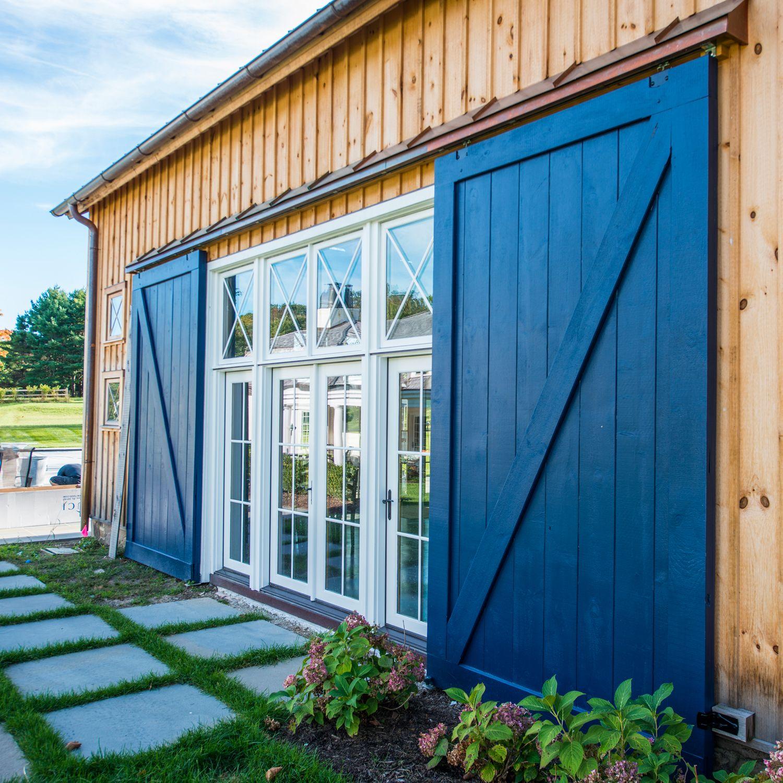 Classic Sliding Barn Doors Exterior Barn Doors Barn