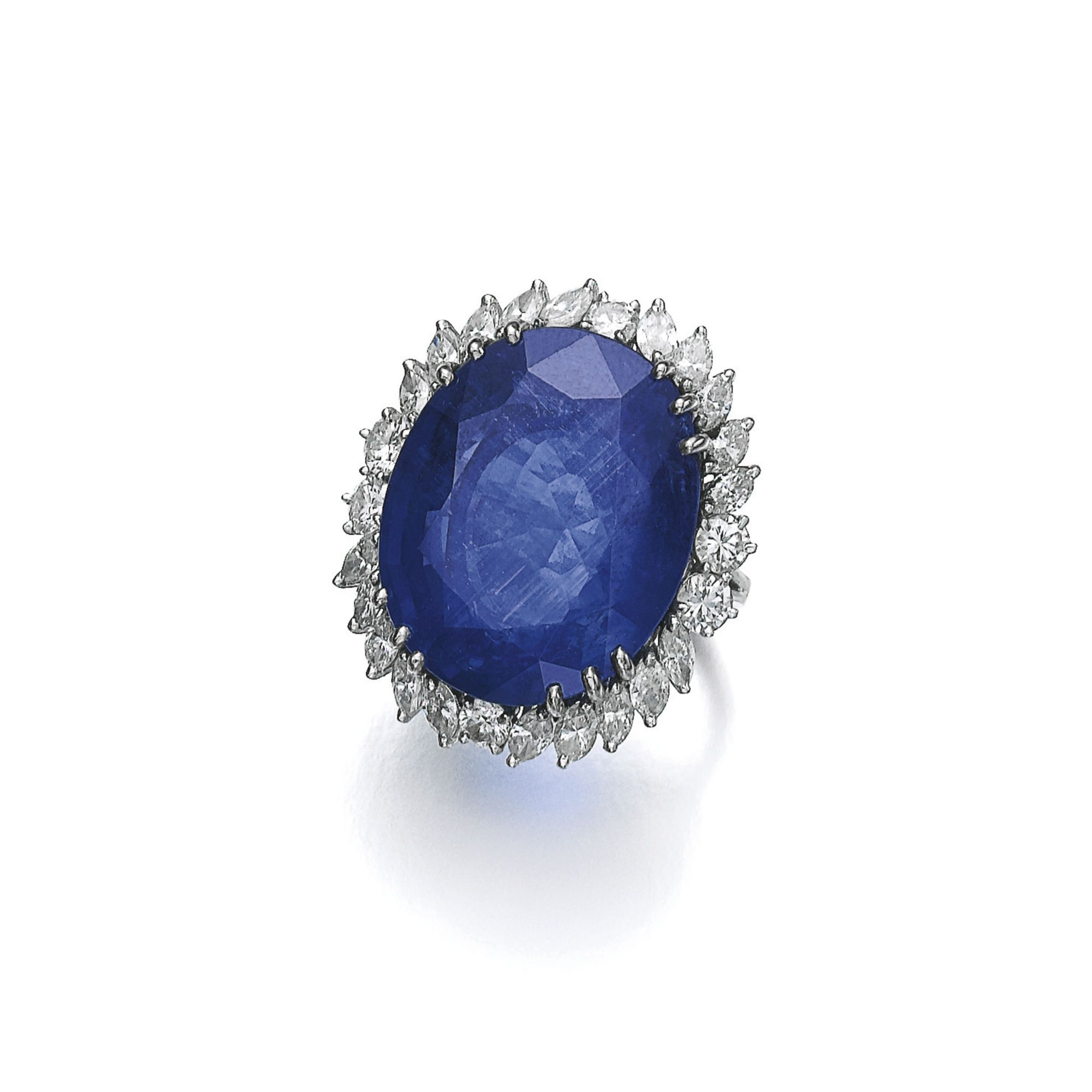 bukobject a cushion cut auctions marquise ring fullsize bukowskis en set sapphire with