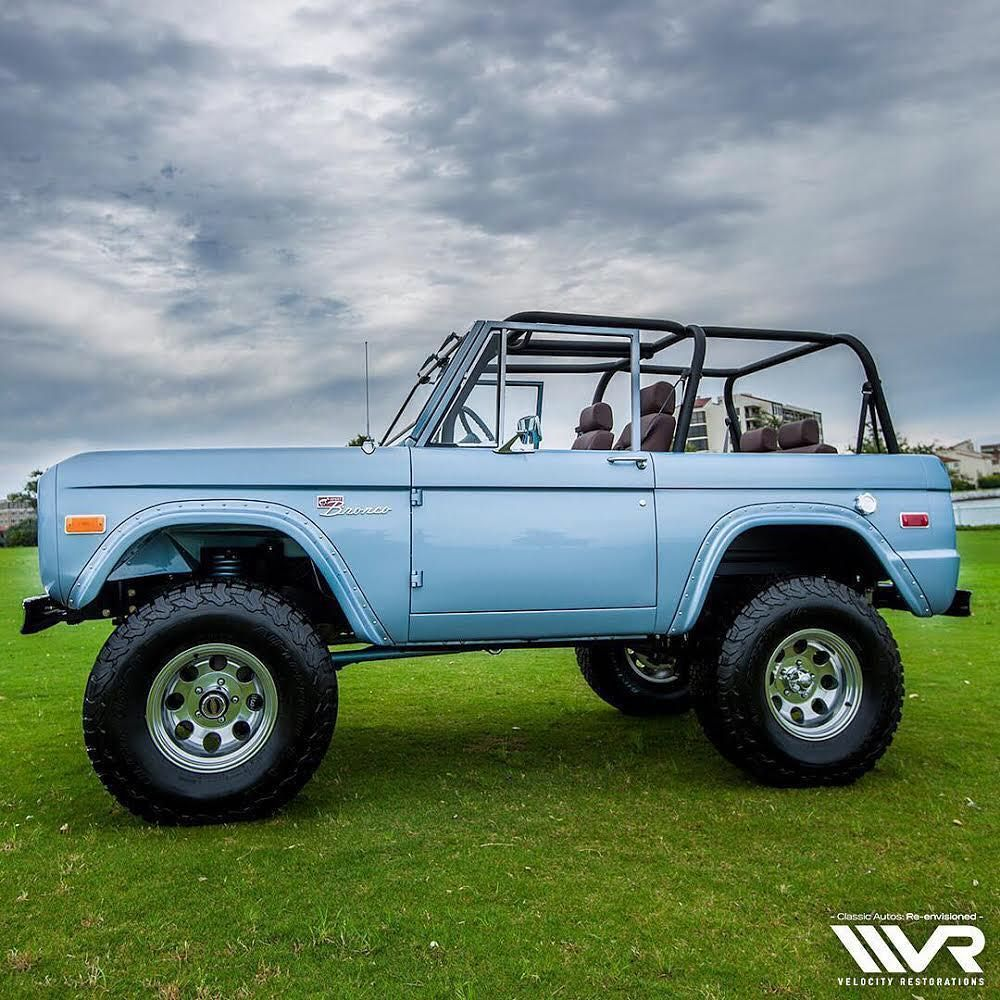 Image may contain: sky and outdoor | Ford bronco, Classic ...