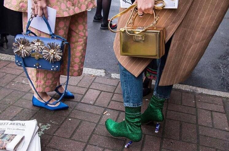 #Jewelbloom Spotted during #Milan #fashion week!   Shop online here 👉 hibouramabags.com