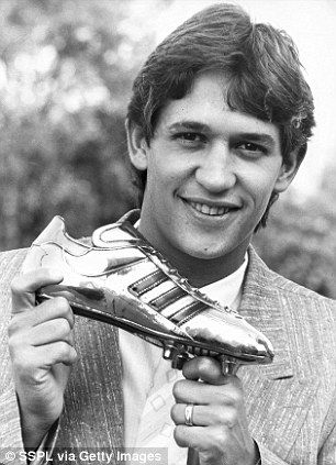 World Cup Golden Boot And Golden Ball The History Of The Awards Gary Lineker World Cup Sports Day