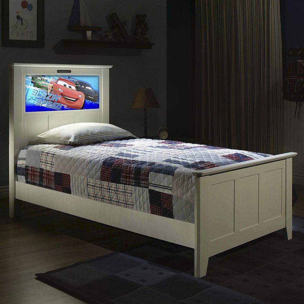 Best Lightheaded Beds Full Bed In Satin White With Back Lit Led 400 x 300