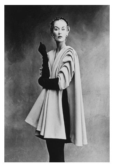 Lisa Fonssagrives-Penn in Balenciaga mantle coat, Paris, 1950.  Photo Credit: Irving Penn. #plocomiBw
