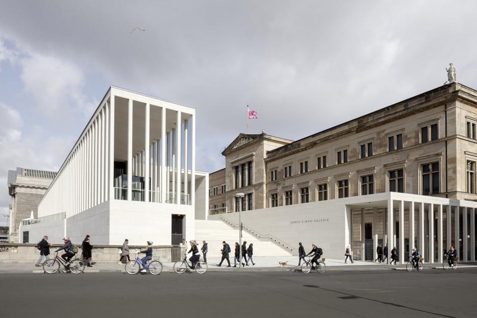 James Simon艺术馆 柏林 David Chipperfield Architects Berlin 谷德设计网 In 2020 David Chipperfield Architects Museum Island Museum Architecture