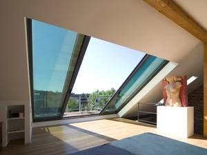 Der Dachboden als Wohlfühloase mit Panoramafenstern