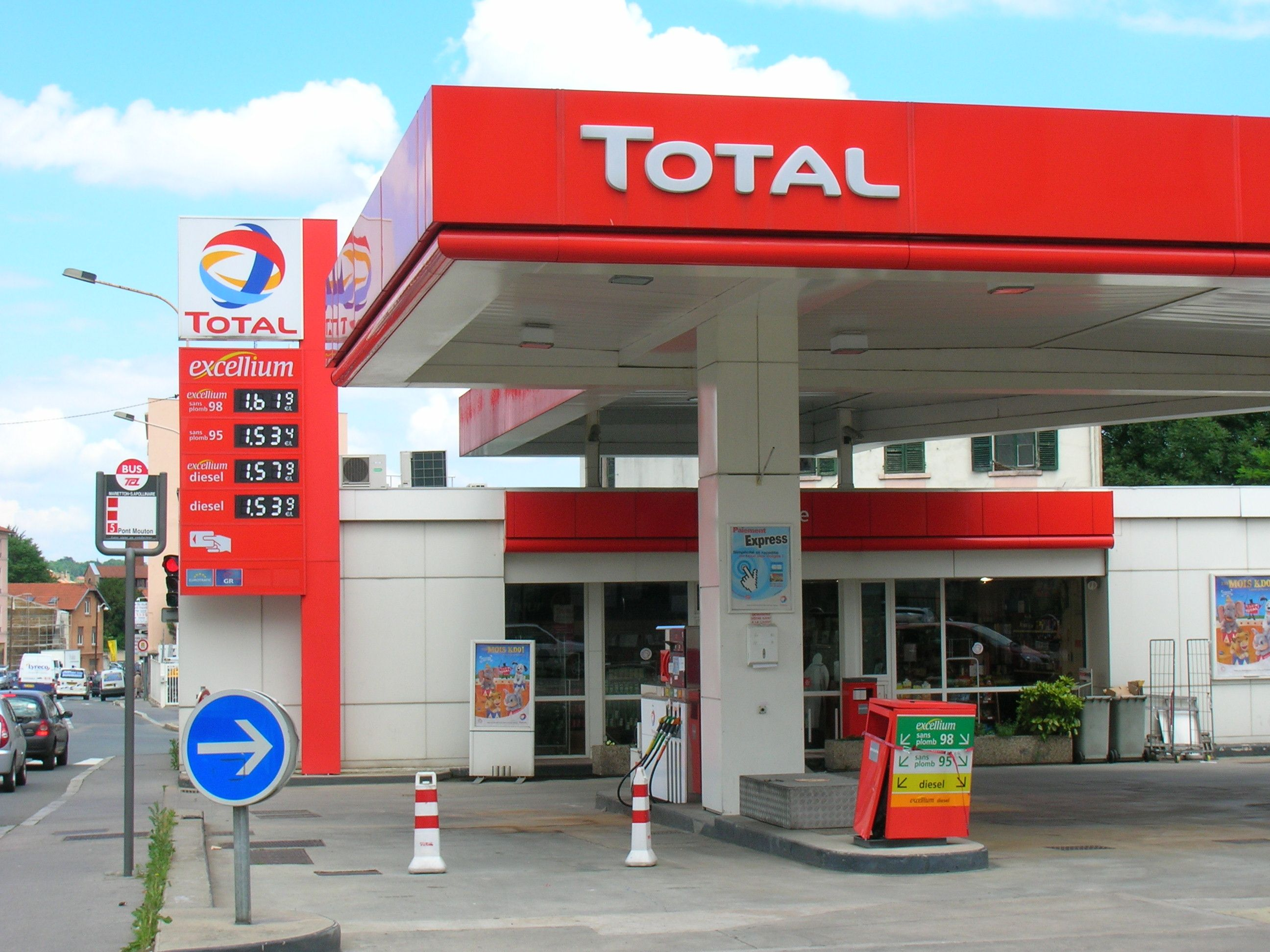 Total Planning To Add EV Charging Stations To Its Petrol