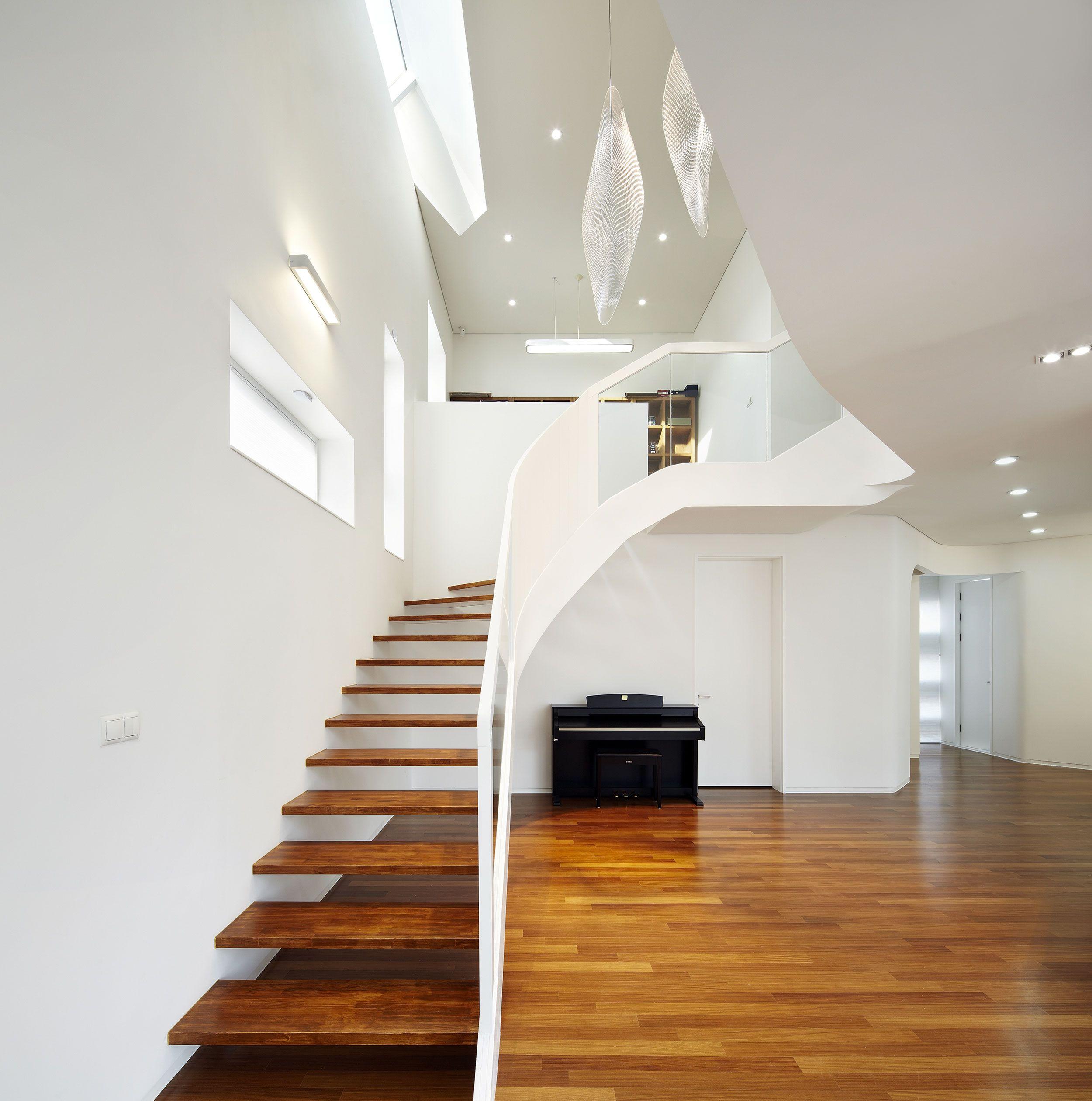 Interior Flooring dark-laminate-flooring-tile-and-white-interior-color-decorating