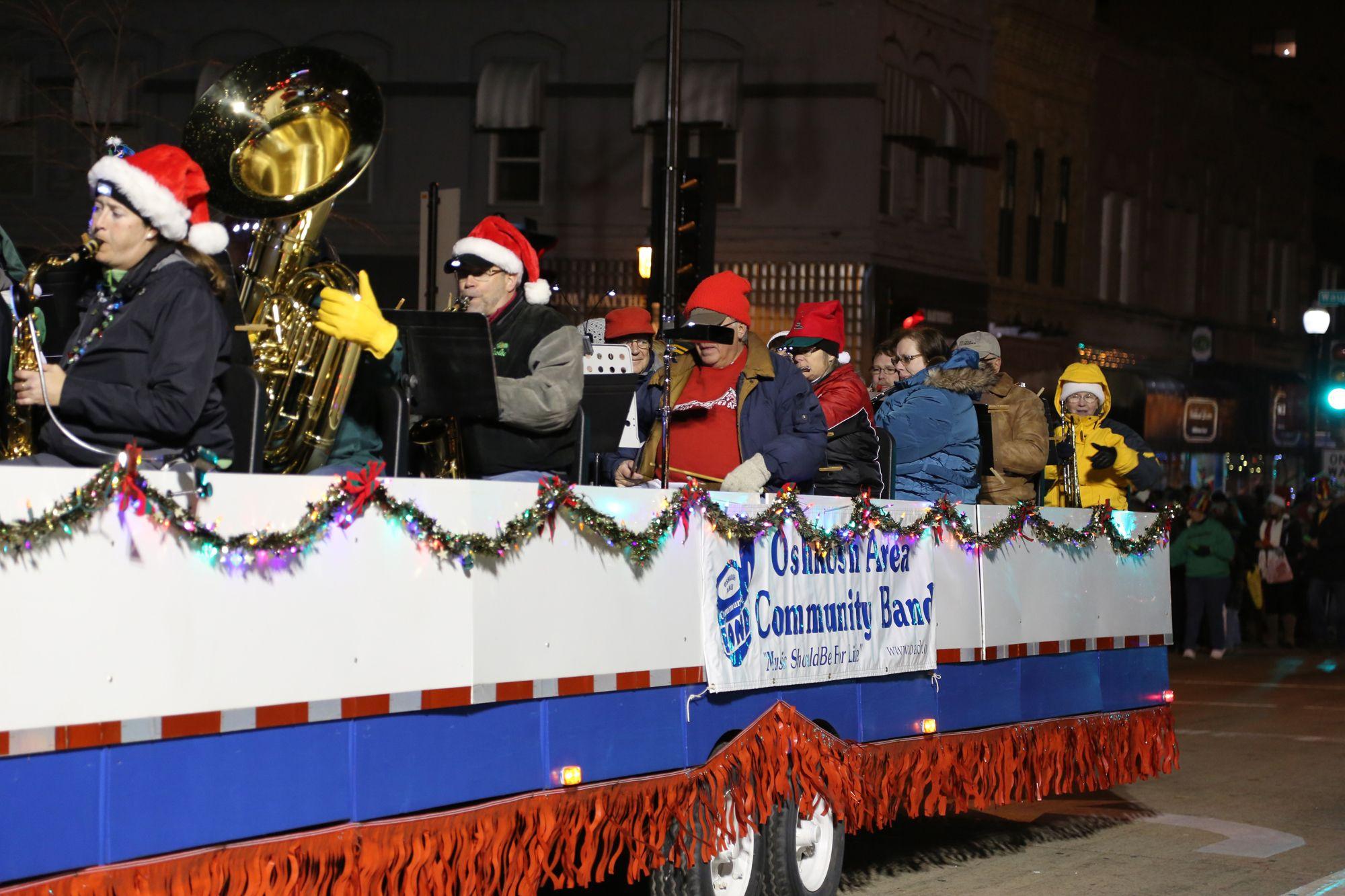 Oshkosh Chamber of Commerce Holiday Parade, November 14