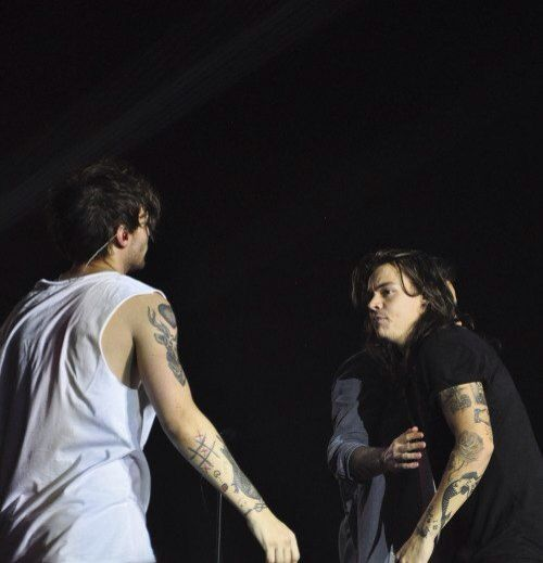 Louis & Harry || OTRA Sheffield, England (last show of the tour) - 10/31/15