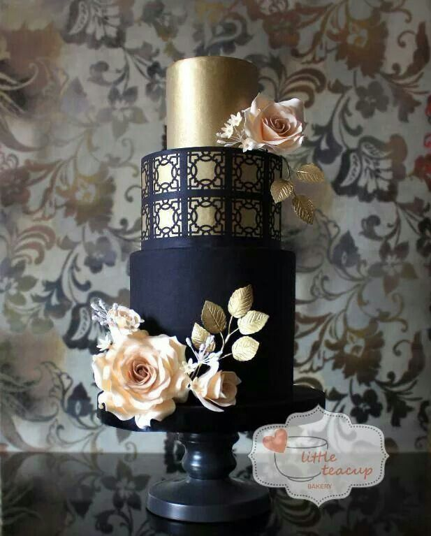 Navy blue, cream, and gold | Wedding Cakes + Sweet Treats ...