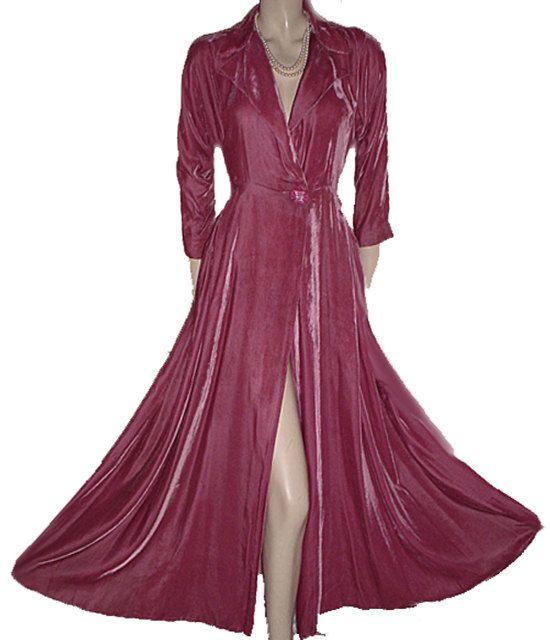 Vintage 1940s 1050s Velvet dressing Gown Rhinestone Button Rose ...