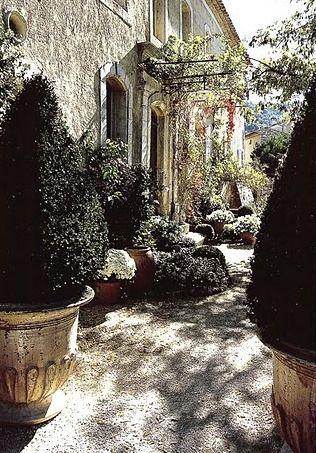 Provence arredamento shabby chic pinterest provenza for Casa francese di abiti e profumi