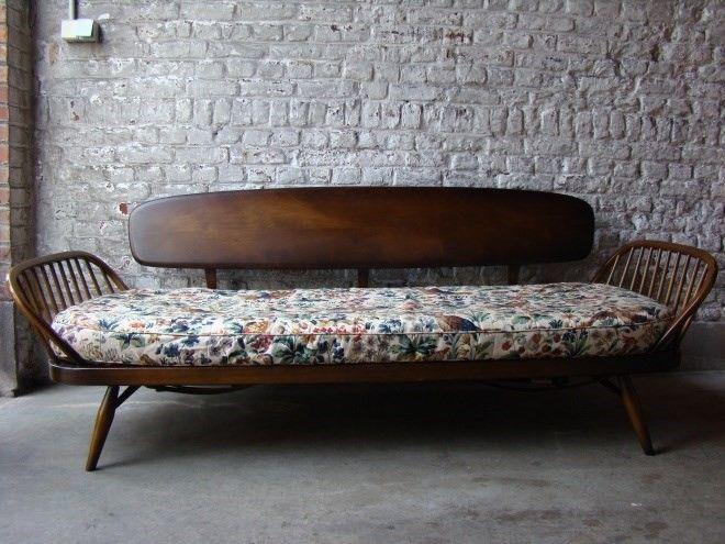 canap banquette design lit d 39 appoint vintage ercol fauteuils divans home pinterest. Black Bedroom Furniture Sets. Home Design Ideas