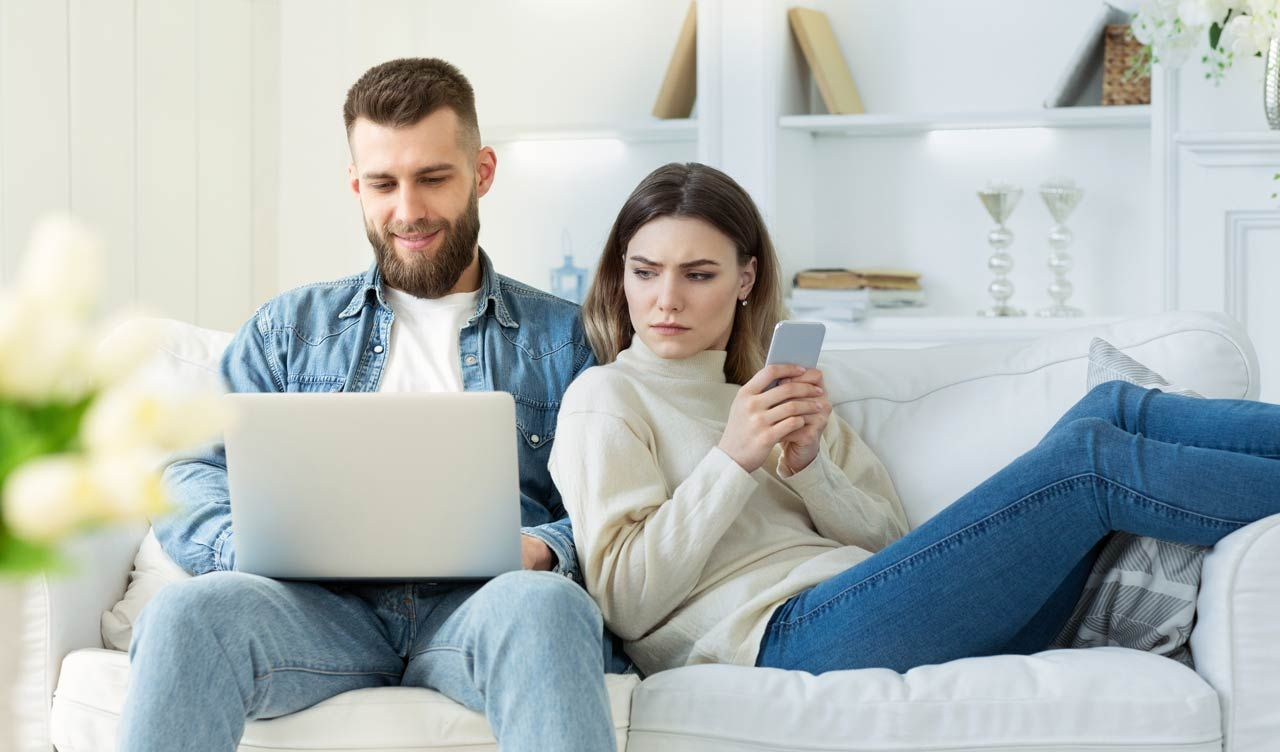 Signs of Divorce: Is Your Marriage In Trouble?   Readers
