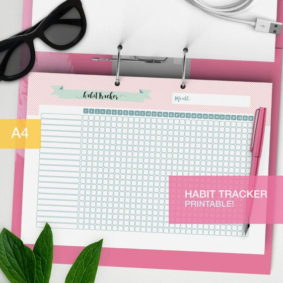 Habit tracker printable as planner inserts! A nice and cute goal tracker for your daily habits. Perfect for your planner or as a bullet journal insert.