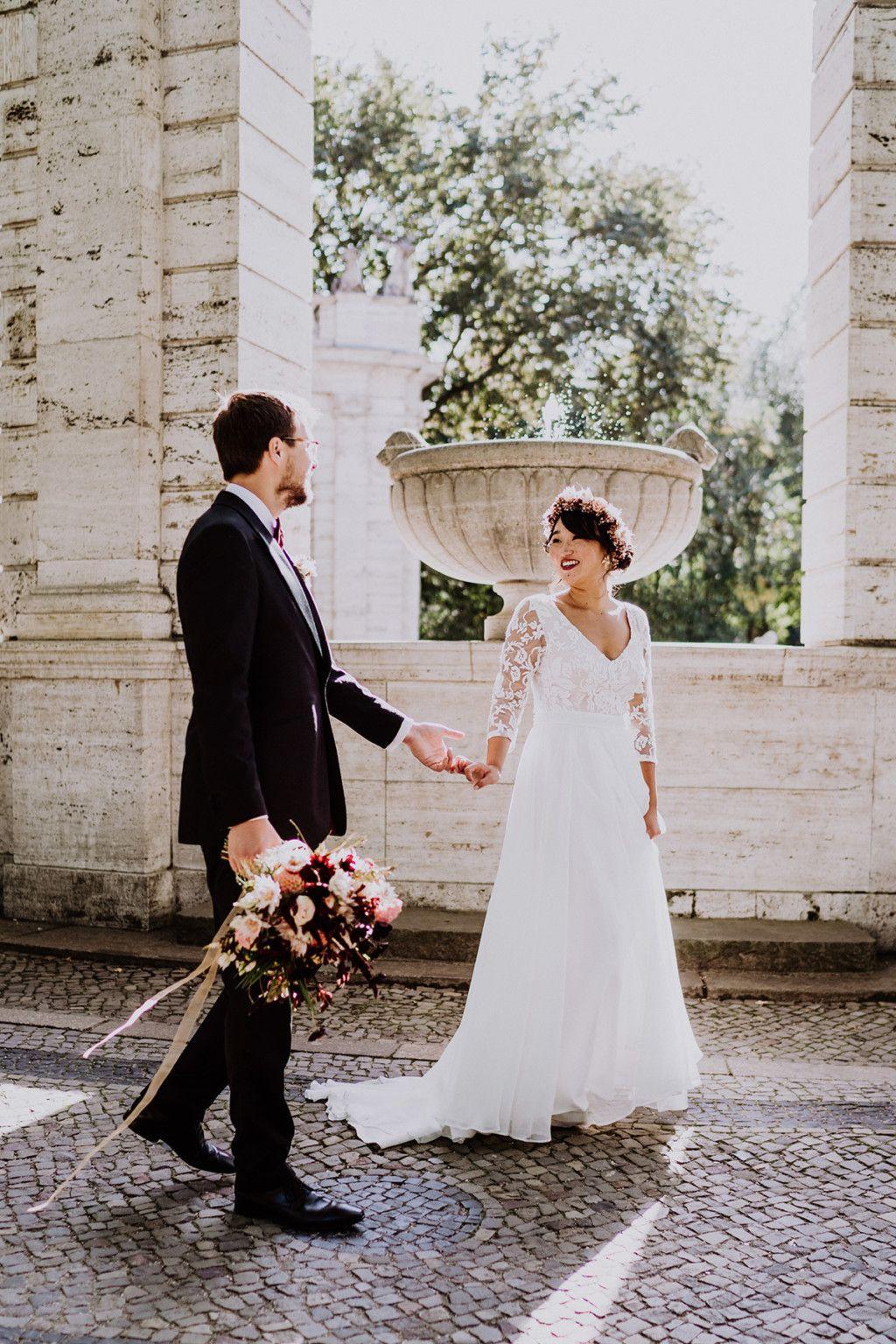 Standesamt Hochzeitsfotografin Auf Urbane Gartenhochzeit In Berlin Friedrichshain Hochzeitsfotograf Standesamtliche Hochzeit Hochzeitsfotograf Fotos Hochzeit