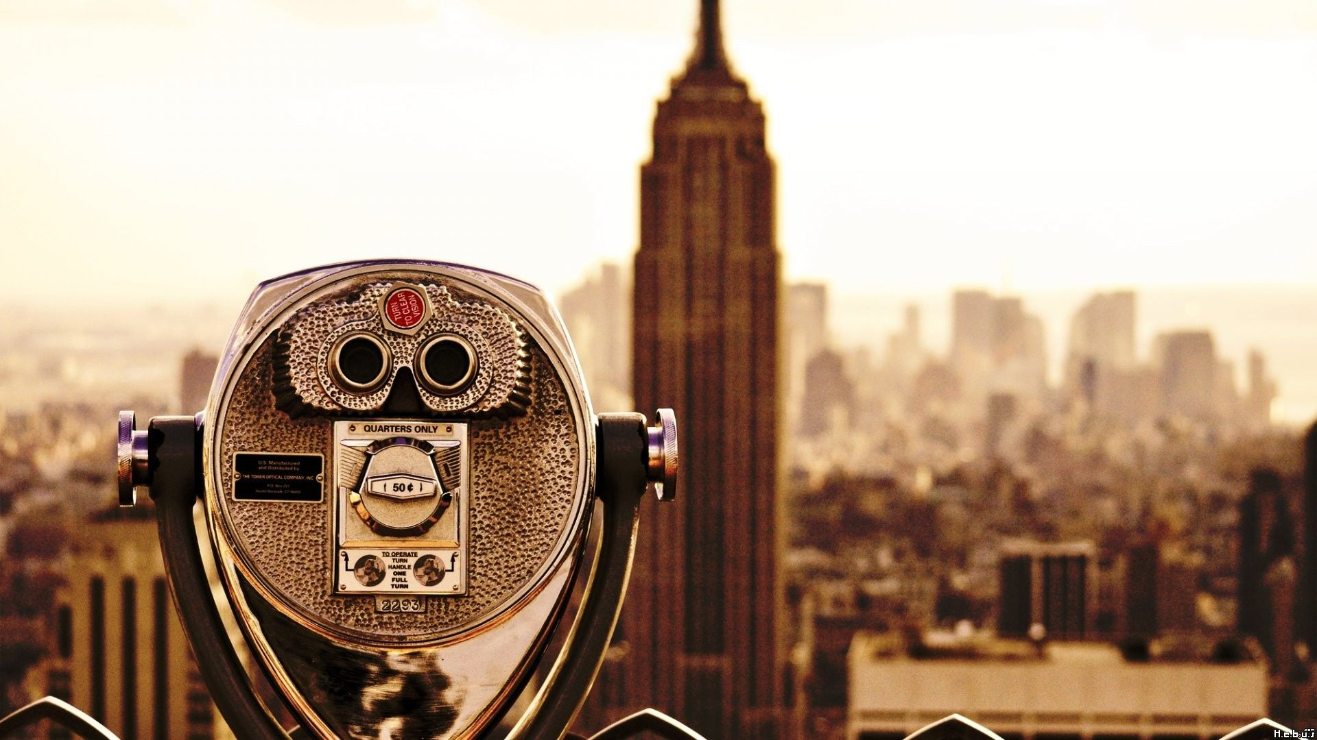 new york fee binoculars empire state building greyscale wide