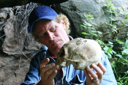 Thursday, 6 February 2014 Windows On The World: Brien Foerster Interview /Skull found in Peru