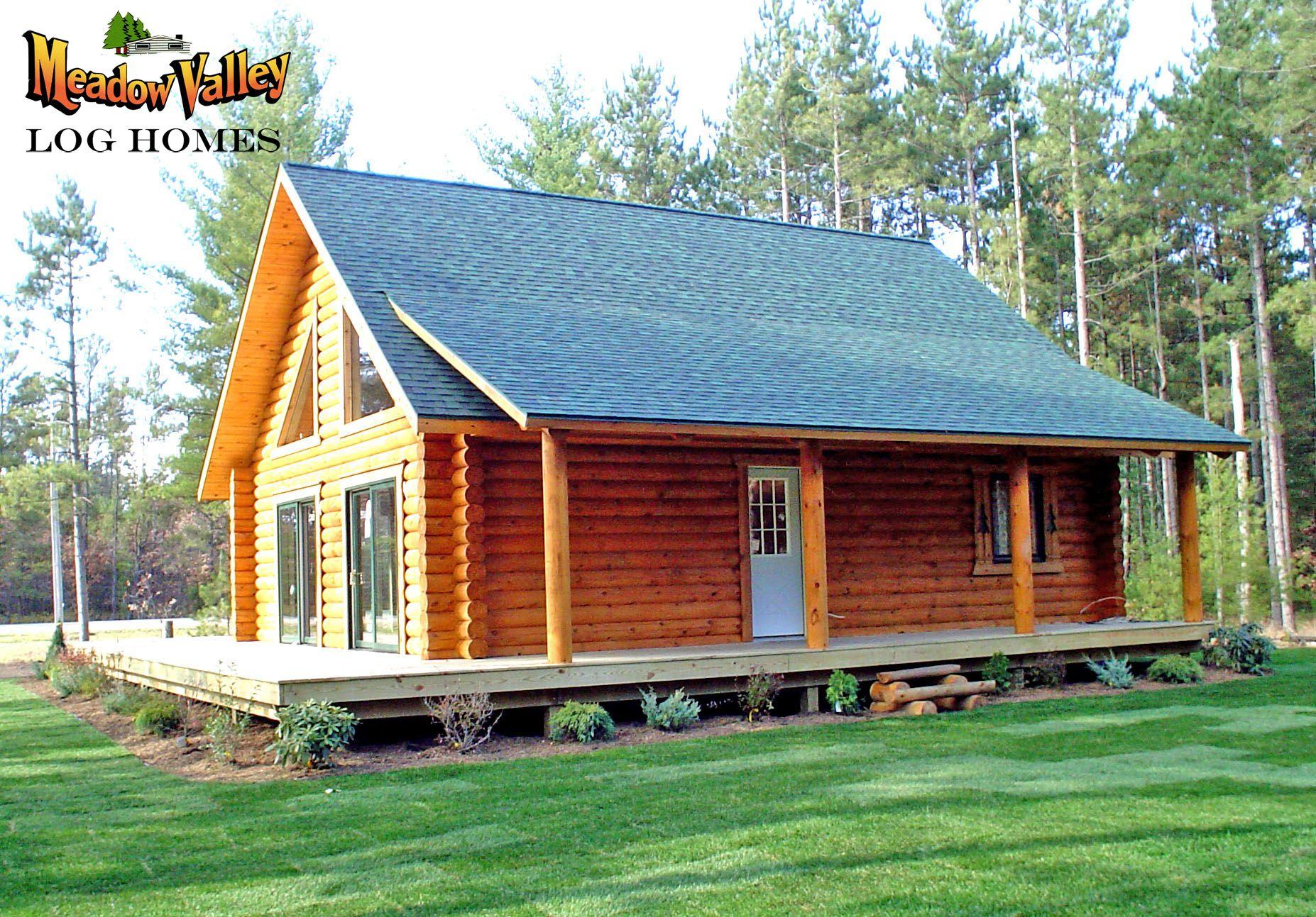 Log cabin on a lake royalty free stock photography image 7866317 - Bath