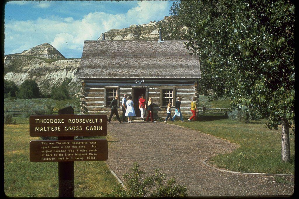 Wind Cave National Park Government Support With Images National Park Vacation National Parks Theodore Roosevelt National Park