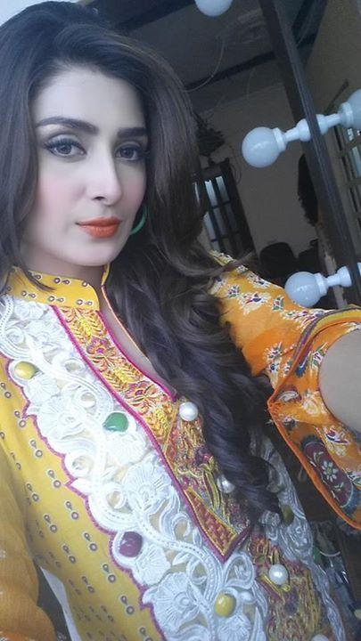 Ayeza Khan (Aiza) Best Photos Collection wedding Pinterest