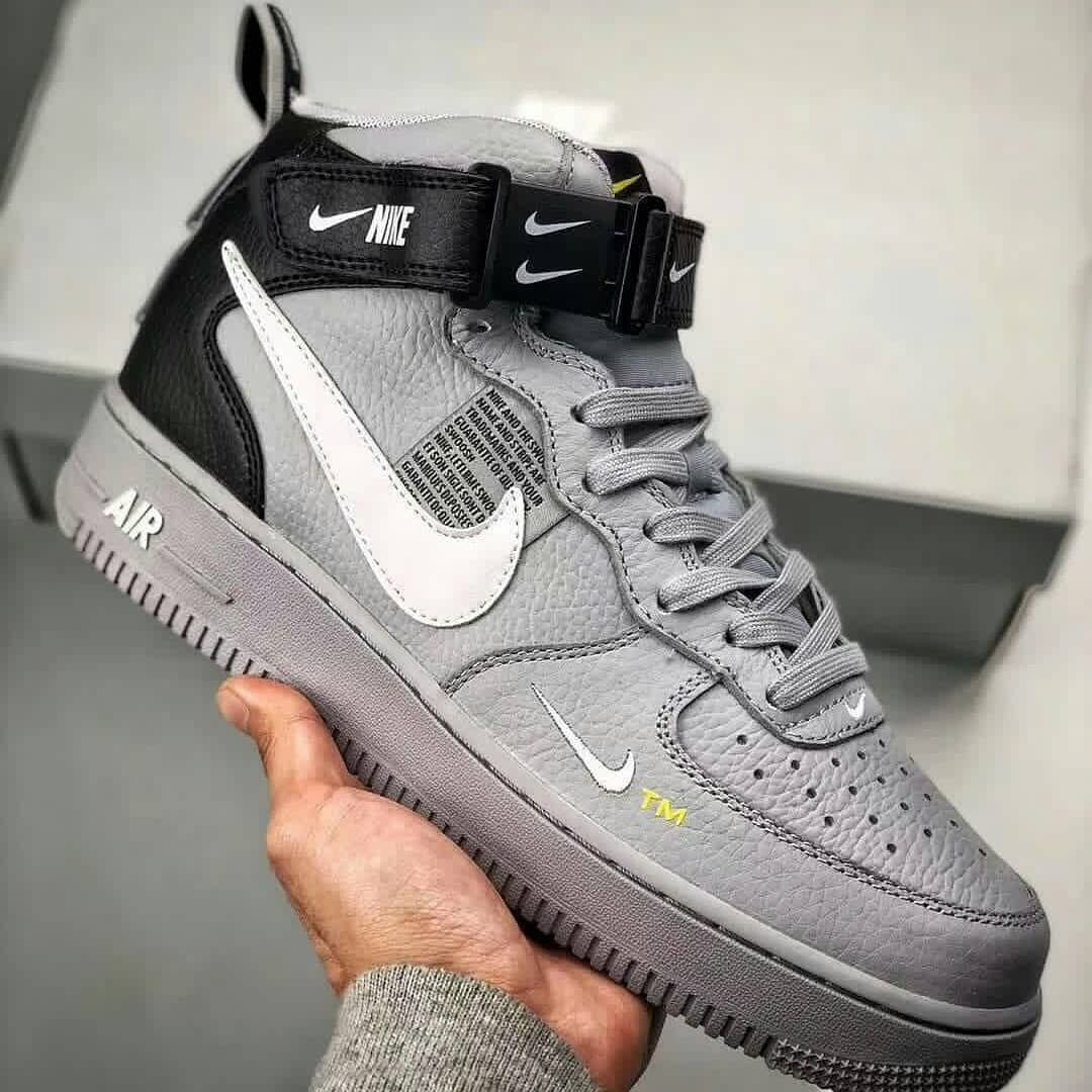 Pin By Aquarius On Shoes In 2020 Hype Shoes Custom Nike Shoes