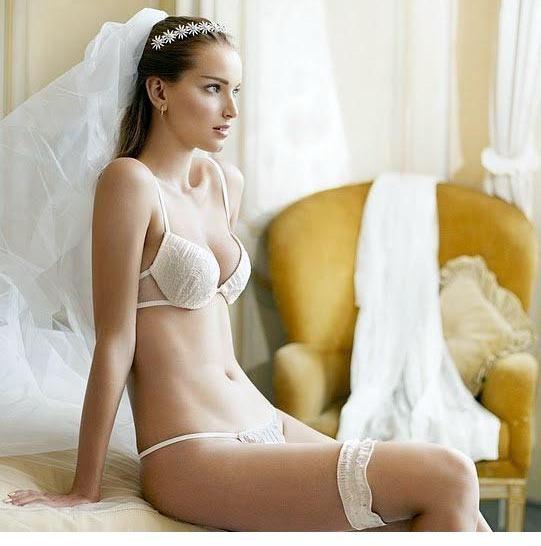 ac0c76a83 A lingerie perfeita para a tua noite de núpcias