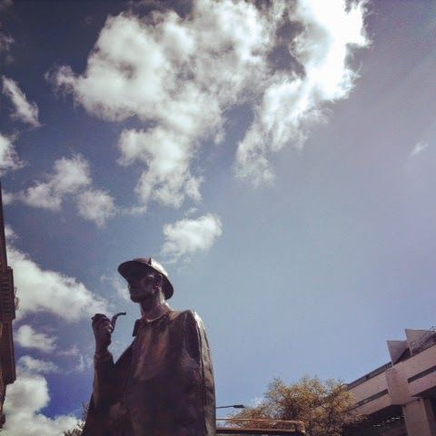 Sherlock Holmes Statue.