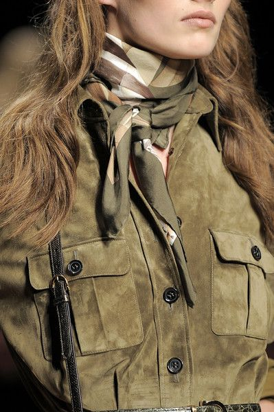 Salvatore Ferragamo Fall 2010 - Details we could something like this to the models who wear the dresses