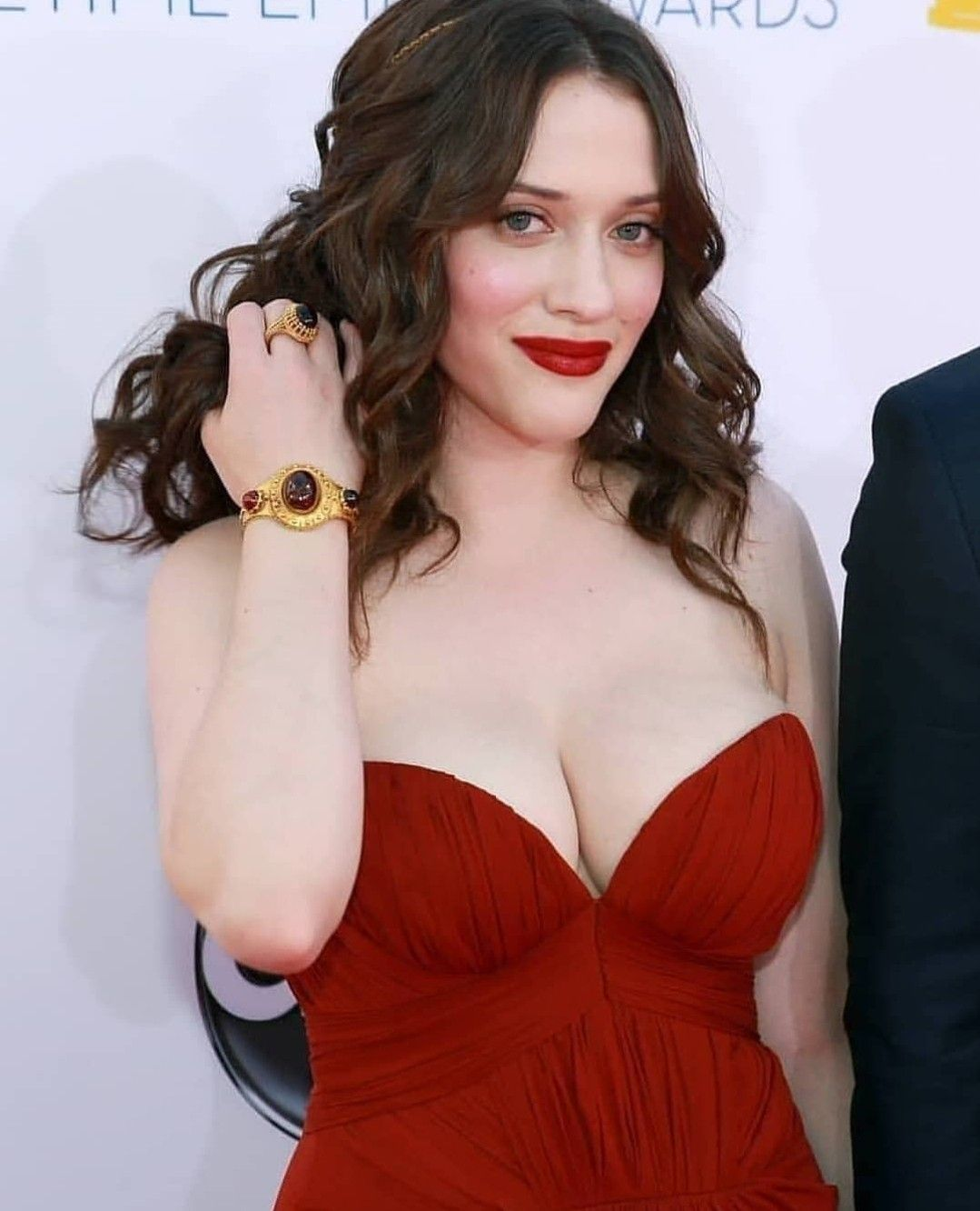 kat-dennings-cumshot-sonia-oil-boobs