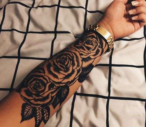 Resultat De Recherche D Images Pour Tatouage Rose Avant Bras Femme