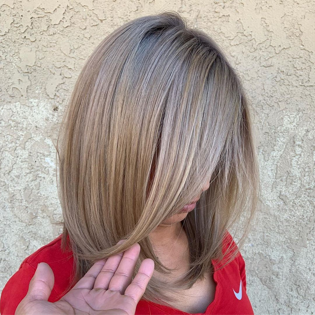 Rootshadow dark ash blonde roots & light ash blonde ends melting color  #adriandelacruzhaircare... #lightashblonde