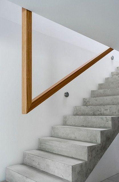 escaleras rectas pasamanos cosas pinterest diseo oficinas y madera con concreto