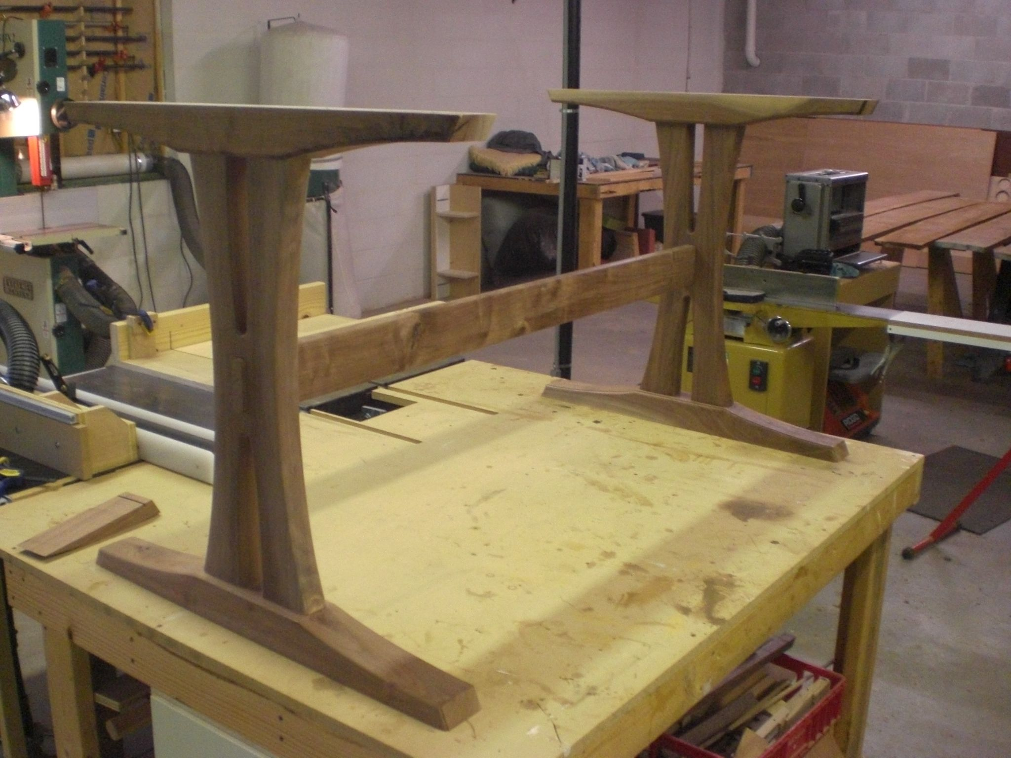 How To Build A Trestle Table Base