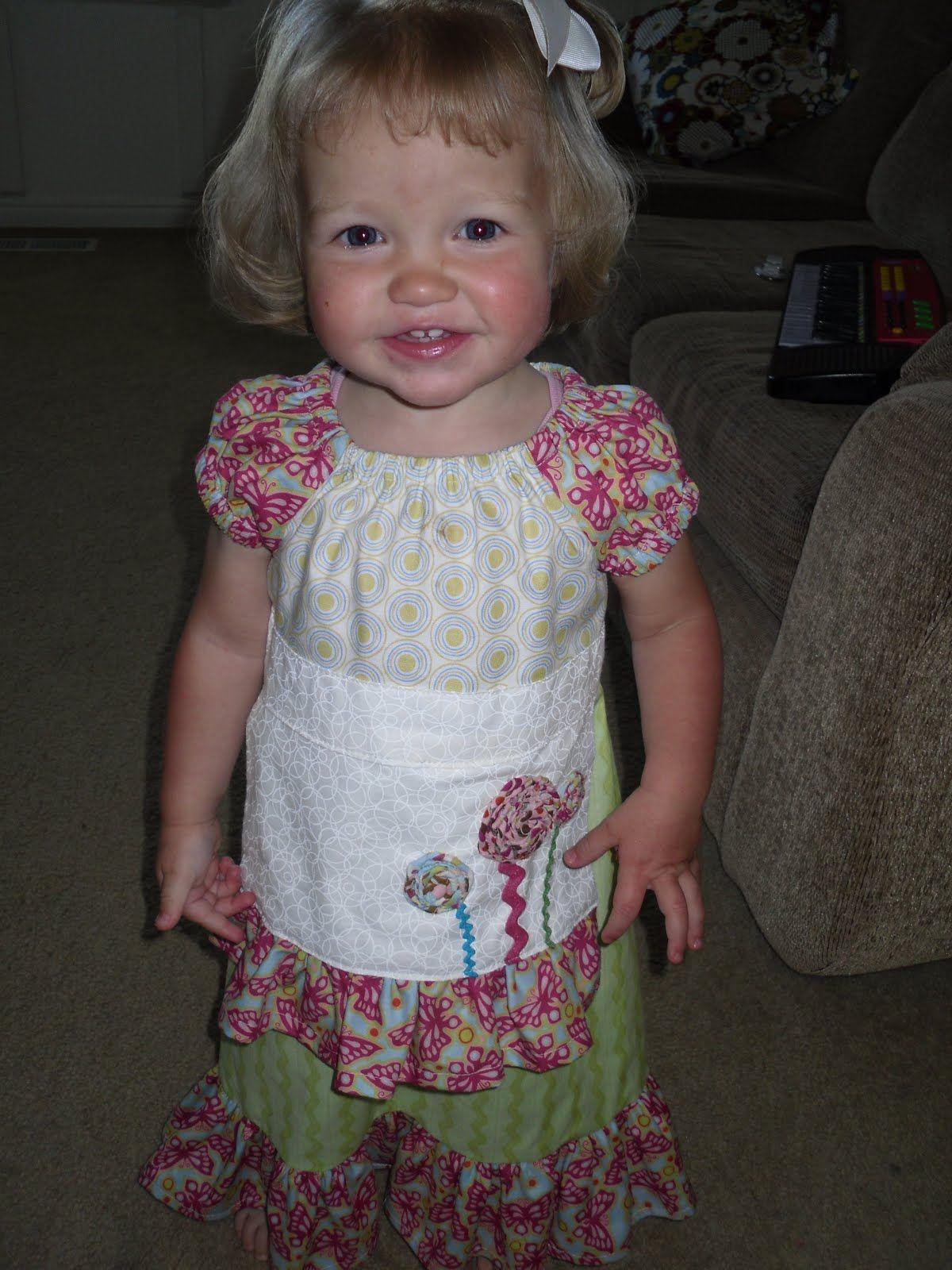 Sandi Henderson's Portabellopixie peasant dress pattern with an apron added.