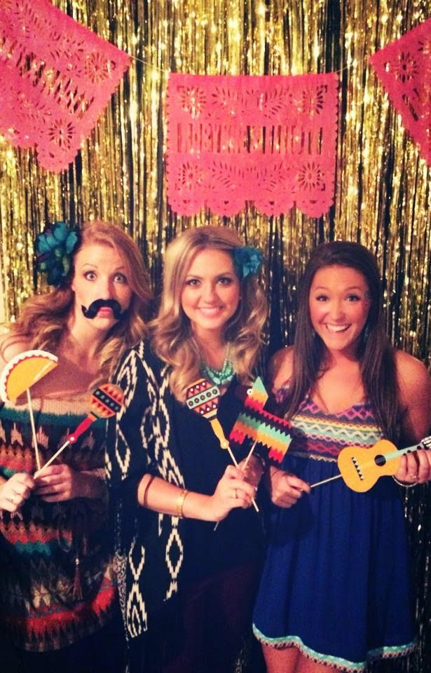 The LoveLeigh Life : Every Kiss Begins with Queso- Robynne's Engagement Party Fiesta #dressesforengagementparty
