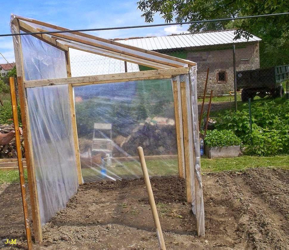 etonnant abri tomates fait maison 5 affordable abri jardin fait maison caen lit stupefiant. Black Bedroom Furniture Sets. Home Design Ideas