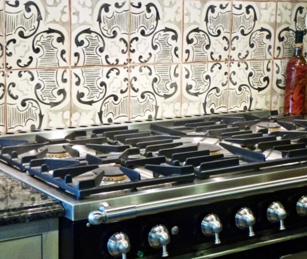 Mediterranean Tiles Kitchen: Kitchen Backsplash. Mediterranean 21 In Gray & Charcoal By