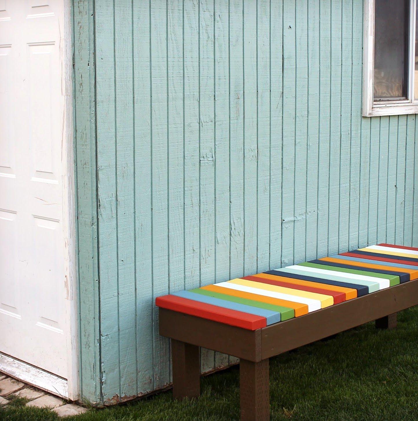 Какой краской красят скамейки из древесины на улице
